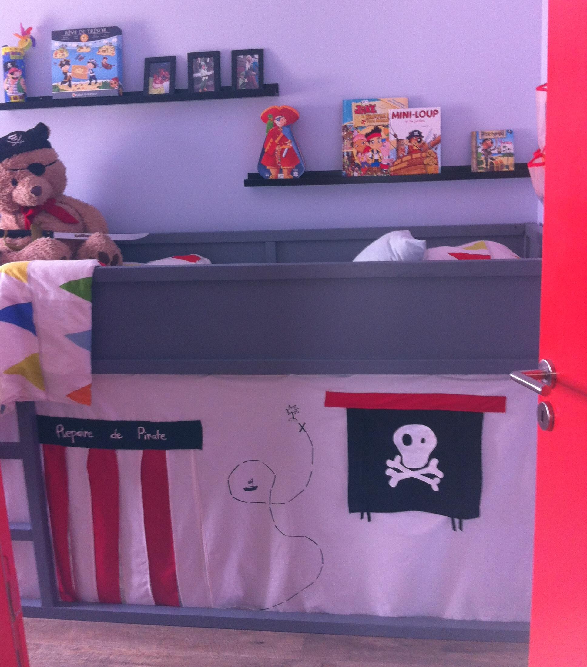 Une cabane de pirate pour mon petit Rafaël !