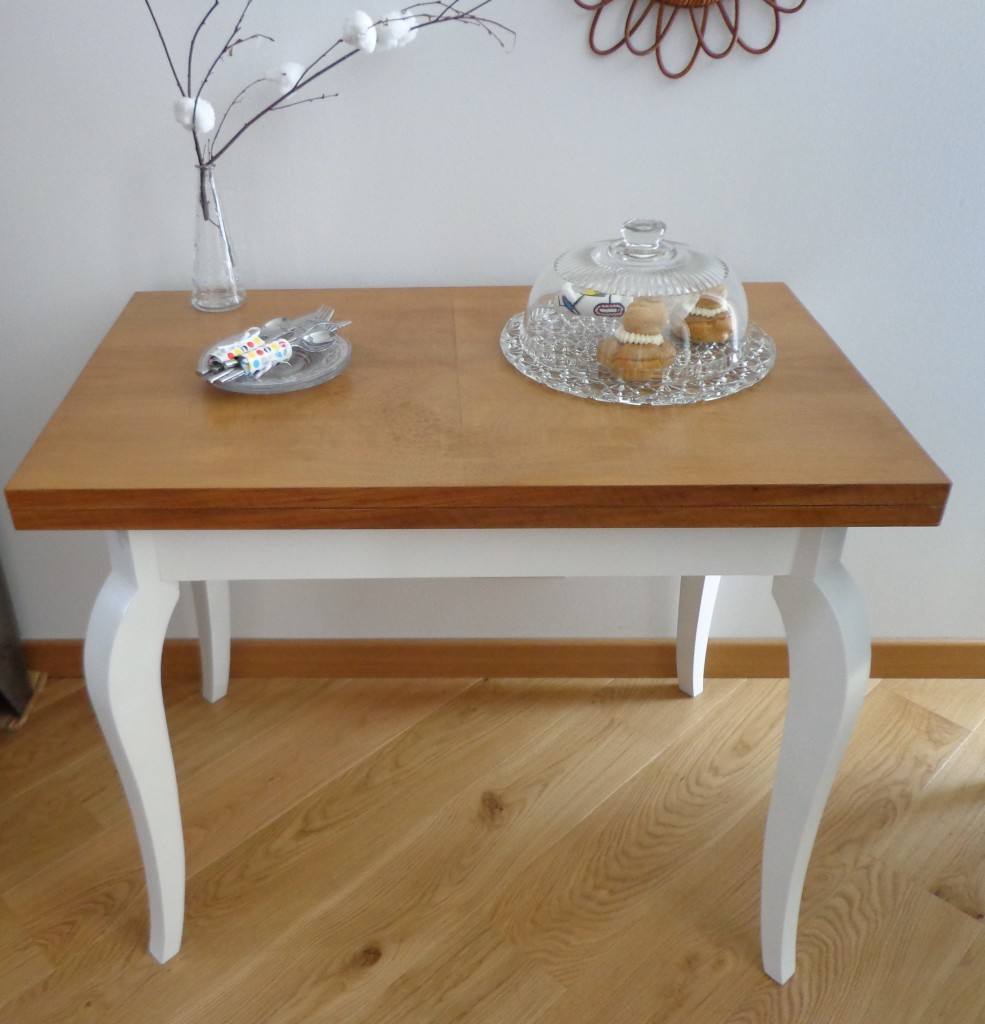 Table vintage extensible « Joséphine »