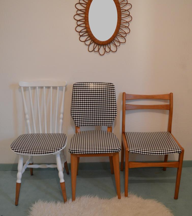 Chaises vintages imprimés géométriques noir et blanc