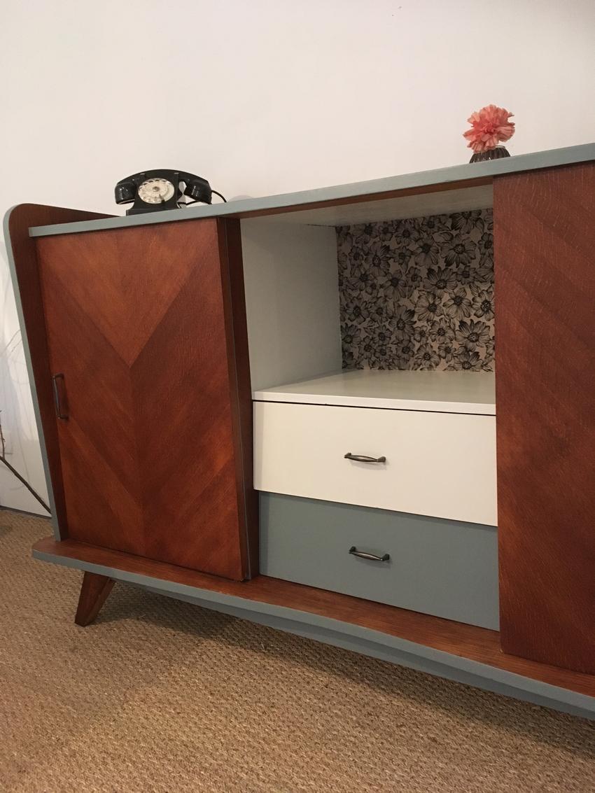 buffet vintage ferdinand enti rement restaur par lilibroc. Black Bedroom Furniture Sets. Home Design Ideas