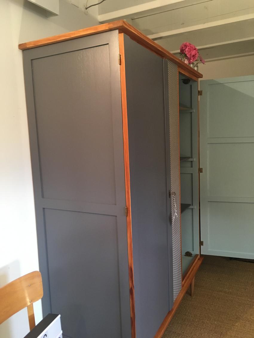 Armoire vintage janelle relooking de meubles par lilibroc - Un armoire ou une armoire ...