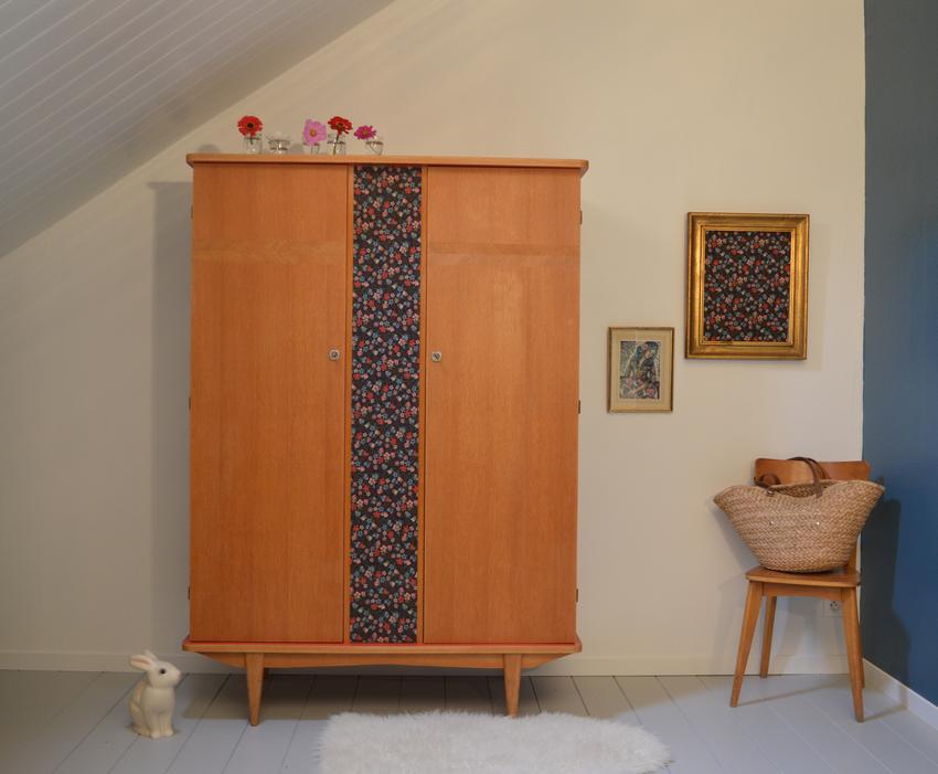 armoire vintage pernelle relooking de meubles par lilibroc. Black Bedroom Furniture Sets. Home Design Ideas