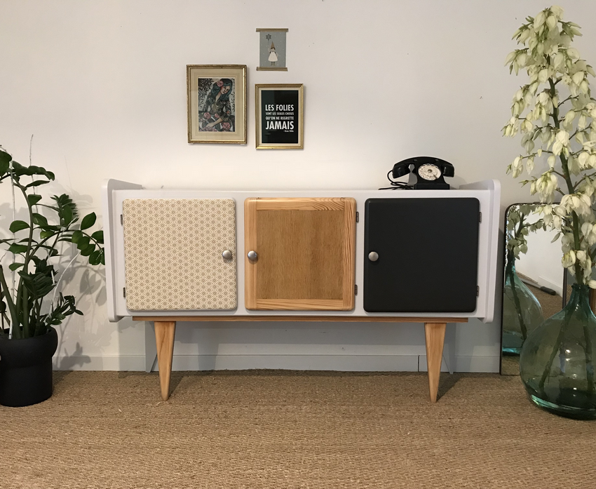 meubles vintages en stock. Black Bedroom Furniture Sets. Home Design Ideas