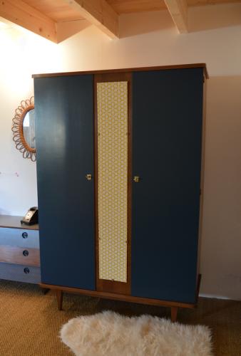 armoire vintage Suzanne 1