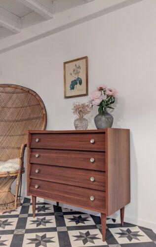Commode vintage Gloria 1